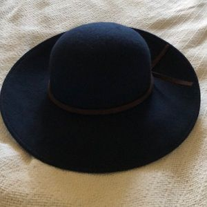 Janie and Jack wool hat